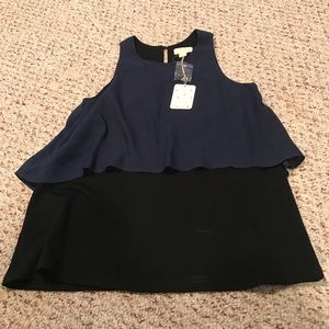 NWT Lucy and laurel sleeveless flowy blouse small